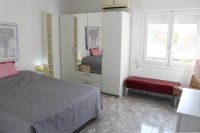 4 bed 2 bath detached villa with private pool, complete with separate 2 bed apartment. (8)