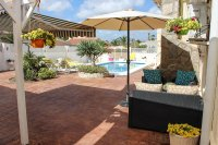 4 bed 2 bath detached villa with private pool, complete with separate 2 bed apartment. (39)