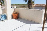 Detached 3 bed, 2 bath property, with private pool and bar/entertainment area (15)