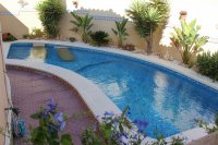 Well presented villa, 3 bedrooms, 2 bathroom, private pool and off road parking (1)