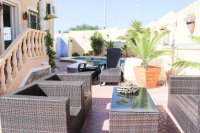 Well presented villa, 3 bedrooms, 2 bathroom, private pool and off road parking (20)