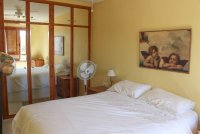 Well presented 2 bed, 1 bath apartment on gated community within 300 meters of the beach (2)
