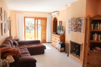 Well presented 2 bed, 1 bath apartment on gated community within 300 meters of the beach (1)