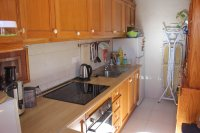 Well presented 2 bed, 1 bath apartment on gated community within 300 meters of the beach (10)