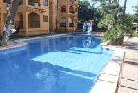 Well presented 2 bed, 1 bath apartment on gated community within 300 meters of the beach (17)