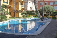Well presented 2 bed, 1 bath apartment on gated community within 300 meters of the beach (18)