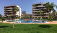 2nd floor apartment walking distance to the beach (0)