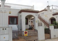 Lovely 2 bed bungalow in typical Spanish village with communal pool (21)