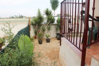 Lovely 2 bed bungalow in typical Spanish village with communal pool (19)