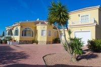 Fabulous Detached Villa on Large Plot  (1)