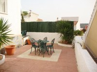 Superbly maintained south facing detached villa  (10)