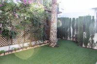 Lovely 3 bed, 2 bath detached villa with private pool and views of La Finca golf (13)
