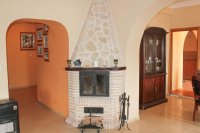 Large rustic 5 bedroom, 4 bathroom country finca with stunning mountain views  (3)
