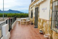 Large rustic 5 bedroom, 4 bathroom country finca with stunning mountain views  (26)