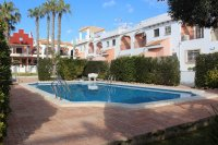 Very tastefully decorated 2 bed townhouse on gated community in heart of Quesada (21)