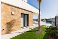 Lovely 3 bed 3 bath villas with private pool and option for solarium and underbuild (19)
