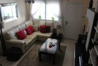Lovely west facing townhouse, overlooking pool with private parking (5)