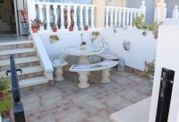 Lovely west facing townhouse, overlooking pool with private parking (22)