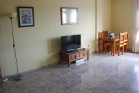 Spacious 3rd floor apartment with  superb views in lovely Spanish town (7)