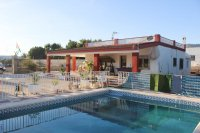 3 bed finca, with private pool on 2,000m2 south facing plot (14)