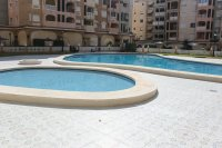Bright, spacious 3, bedroom apartment on gated community with large pool (16)