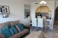 Bright, spacious 3, bedroom apartment on gated community with large pool (5)
