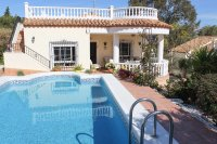 Stunning south facing detached villa in a lovely quiet location
