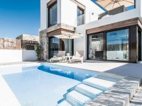 Stunning 3 bed 2bath detached villa with private pool and views of La Finca golf (1)