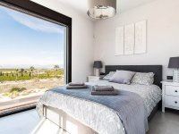 Stunning 3 bed 2bath detached villa with private pool and views of La Finca golf (7)