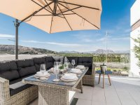 Stunning 3 bed 2bath detached villa with private pool and views of La Finca golf (10)