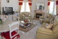 Super Conchita Style Detached Villa in Desirable Location (5)