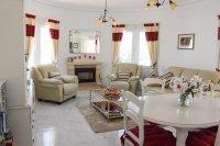 Super Conchita Style Detached Villa in Desirable Location (4)