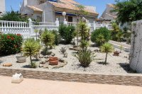 Well presented semi detached villa on gated community (24)