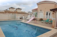 Large Detached Villa in a Desirable Location (0)