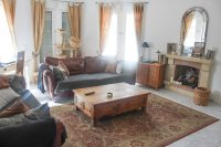 Large Detached Villa in a Desirable Location (3)