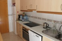 Spacious 3 bed 2 bath semi detached with large private garden and community pool (7)