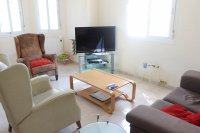 Spacious 3 bed 2 bath semi detached with large private garden and community pool (4)