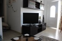 LONG TERM RENTAL (Avail until 30/04/18) - Ground floor apartment in good residential location (1)