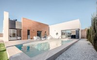 Luxury one level villas with private pool superbly situated over looking the prestigious La Finca Golf