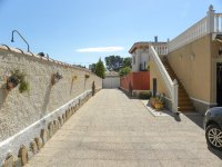 Beautiful south facing villa in the heart of Campoverde (16)