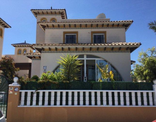 Villa in El Pinet, Spain