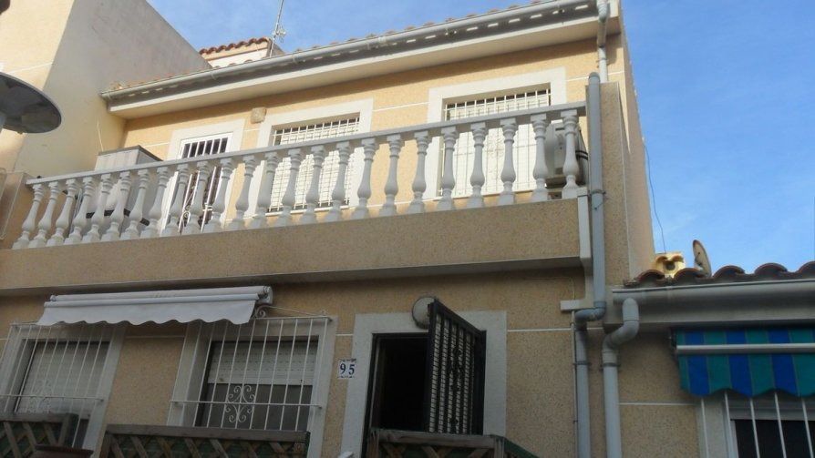 Townhouse in La Marina