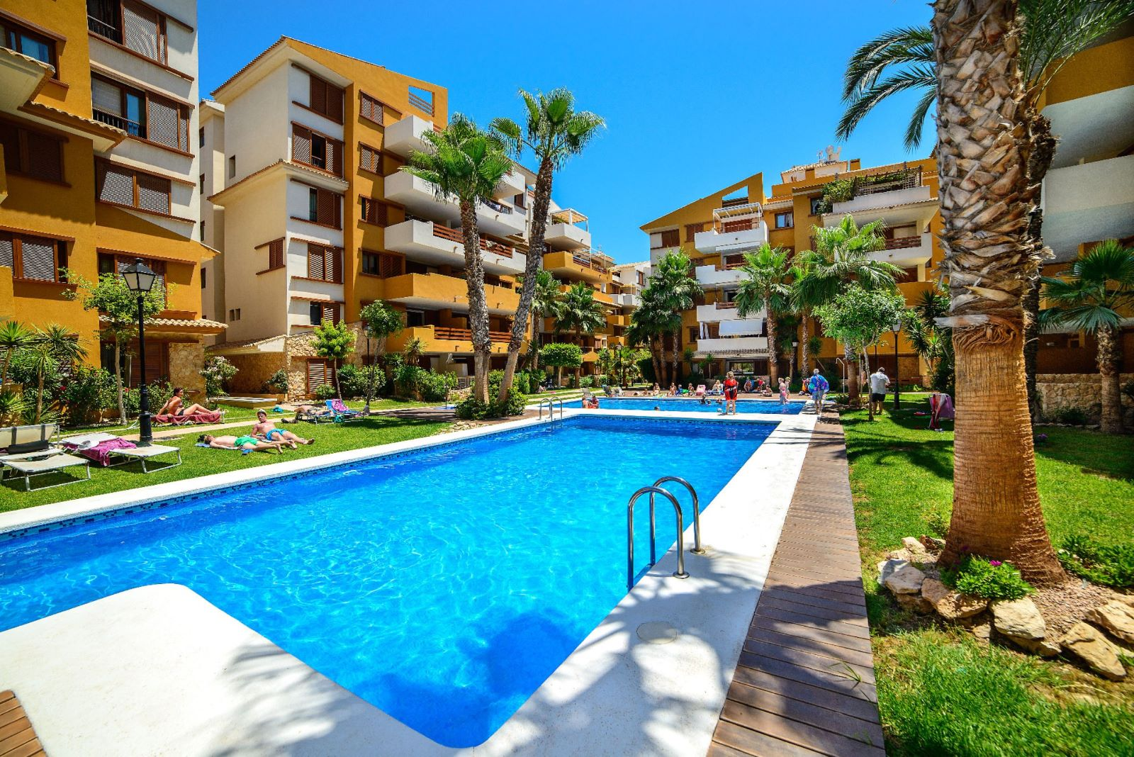 Ref:71155 Apartment For Sale in Torrevieja