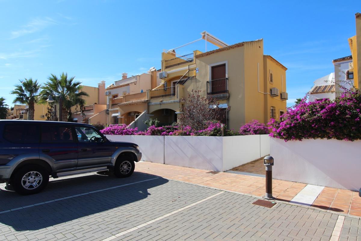 Ref:ESP401 Apartment For Sale in Algorfa - La Finca Golf Resort