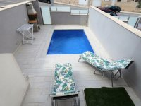 GREAT OPPORTUNITY in LOS ALTOS with PRIVATE POOL