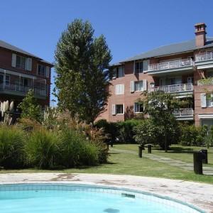 Bº Jardines de San Isidro - Jorge Newbery al 1000