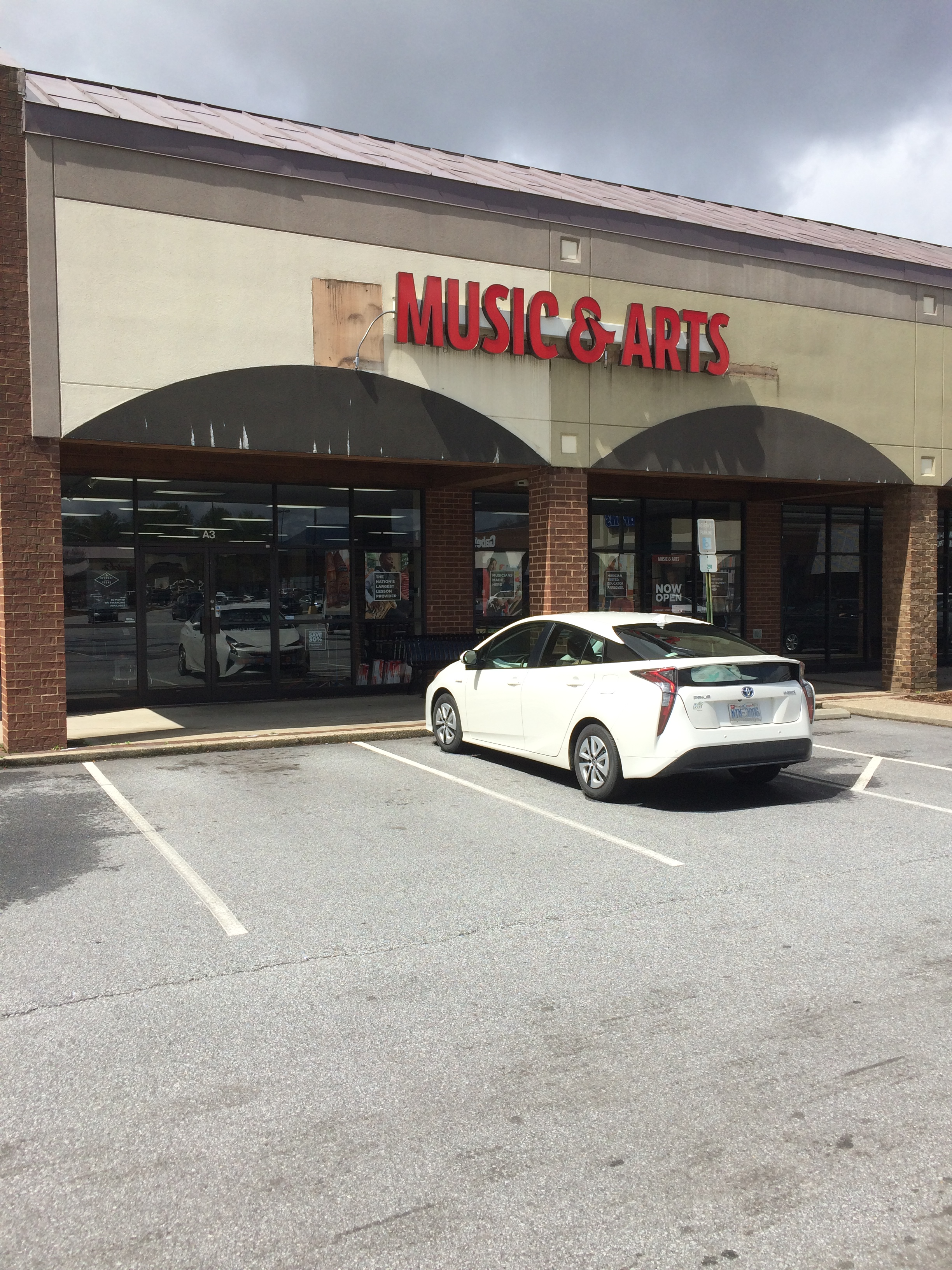 instrument rentals music lessons in asheville nc music arts. Black Bedroom Furniture Sets. Home Design Ideas