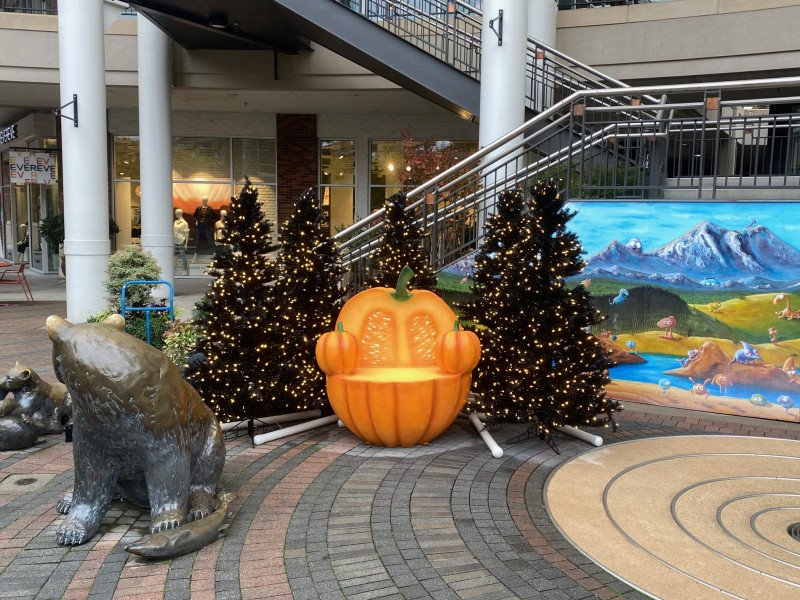 The best spots in Redmond for Halloween fun.