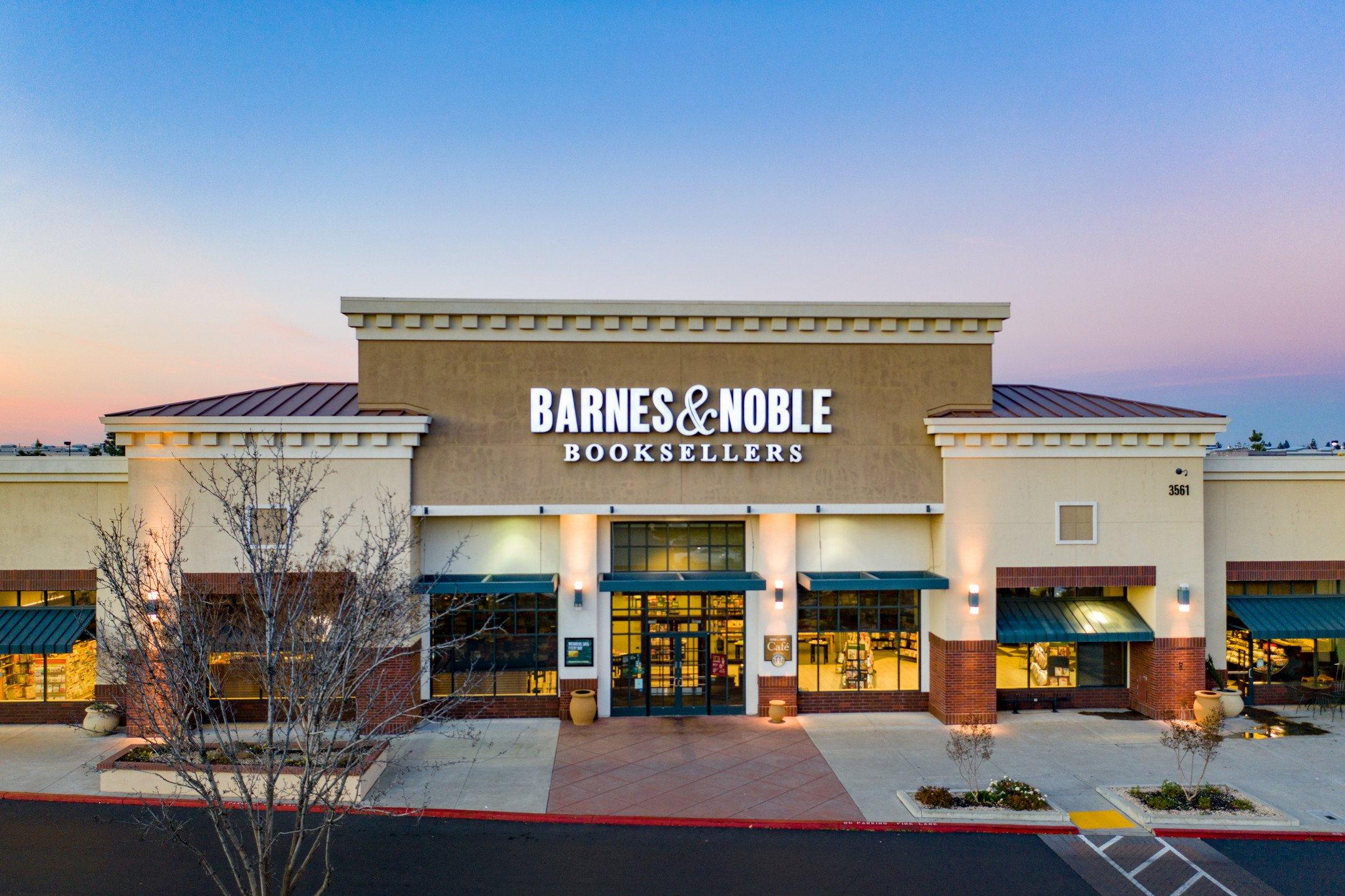 Barnes & Noble
