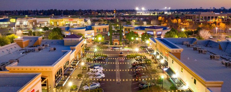 Great Deals & Delicious Meals at Sacramento Gateway